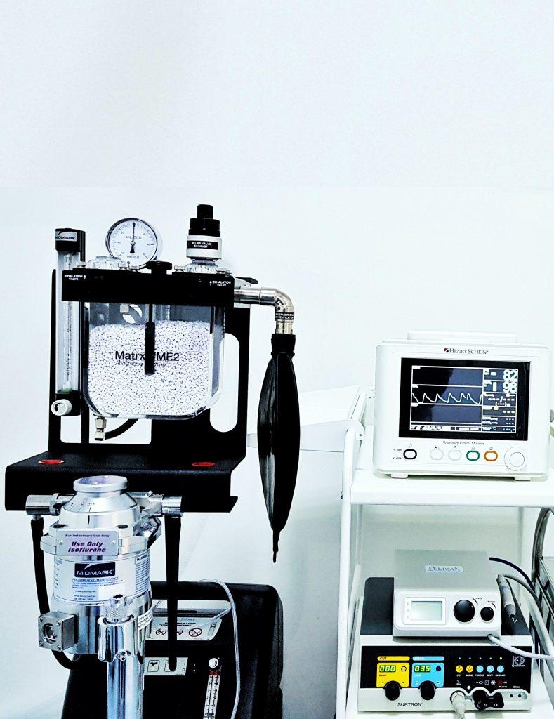 Anestezie Inhalatorie si Monitorizare (Temperatura, EKG, SpO2, Puls)