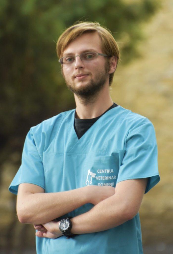 Dr. Cristian Brojba